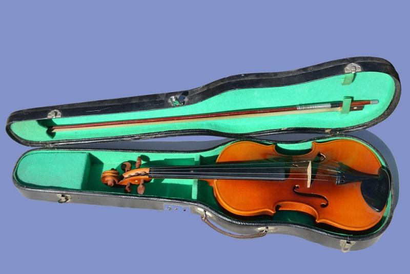 stradivari-violina