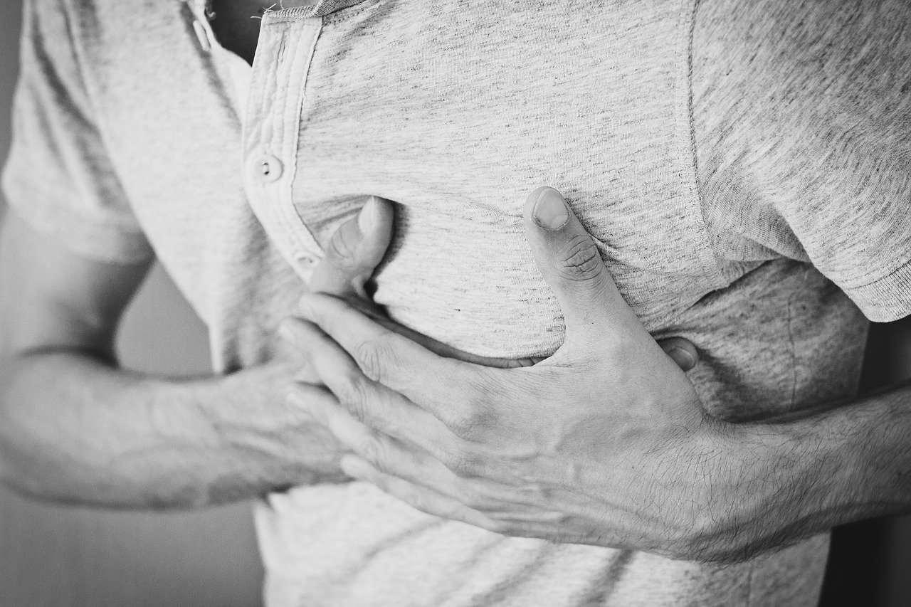 heartache-1846050_1280-compressed